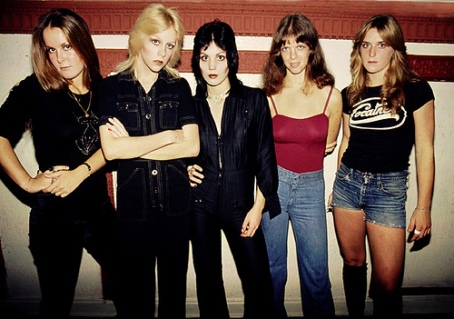 The Runaways - frickin' good rock 'n' roll!