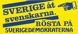 """Om SD anser att de blev ett """"rumsrent"""" parti när de kickade de öppna nazisterna ur partistyrelsen - vad säger de då om att Jimme Åkesson gick med i partiet innan dess...?"""